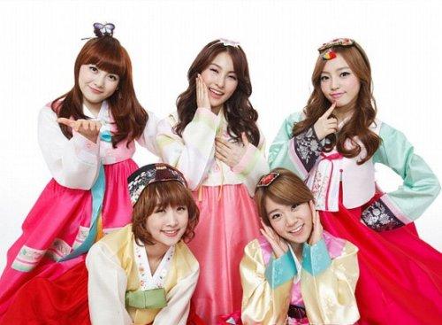 韩国五人可爱女生代言音乐游戏《imusician》