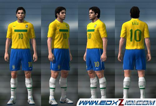 实况足球手游球衣_《实况足球2011》巴西最新球衣